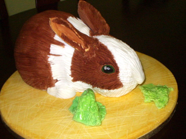Bunny-Themed Baking: Rabbit Cakes
